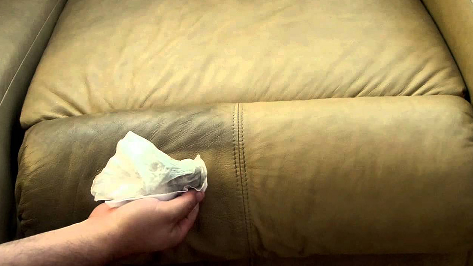 How to Clean a Sofa