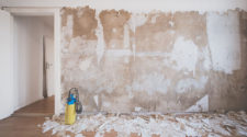 3 Best Ways to Remove Wallpaper