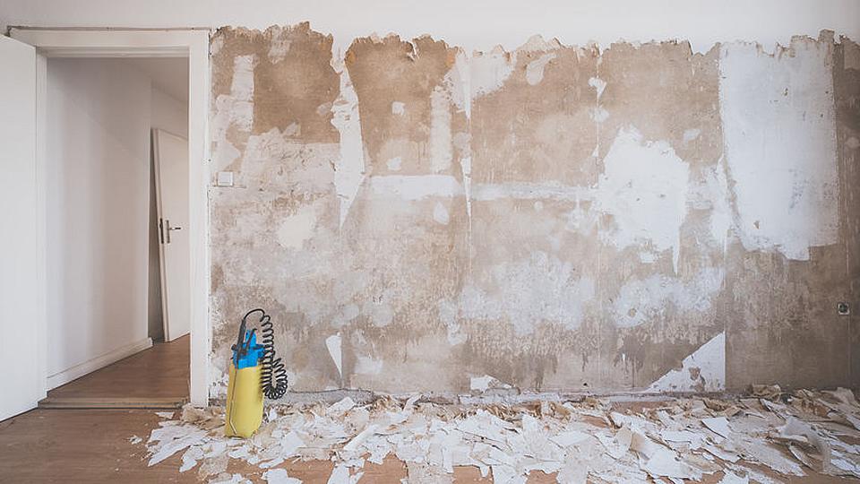 3 Best Ways to Remove Wallpaper